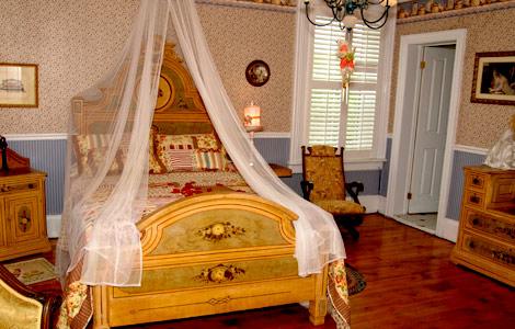 bedroom, hotel, inn